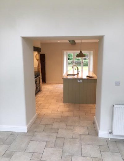 Interior painting & decorating to open plan kitchen / diner